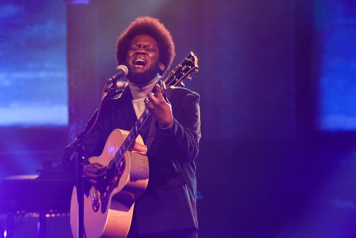 Michael Kiwanuka performs on 'The Late Show with Stephen Colbert'
