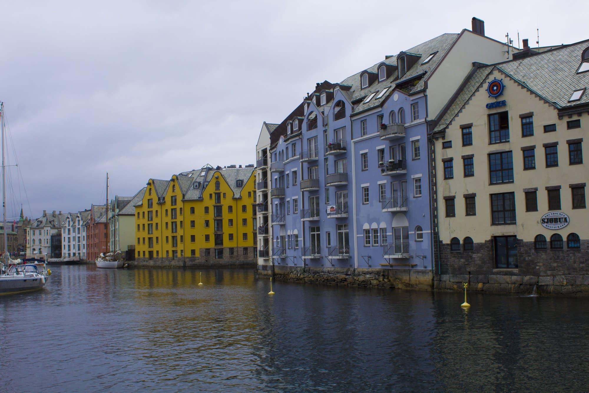 Alesund - 11 - houses