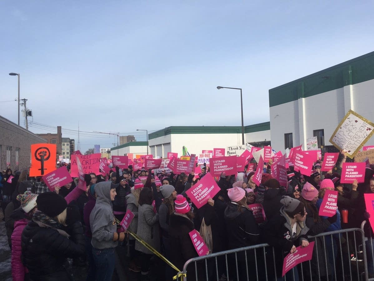 Thousands of people rally in support of Planned Parenthood this winter.