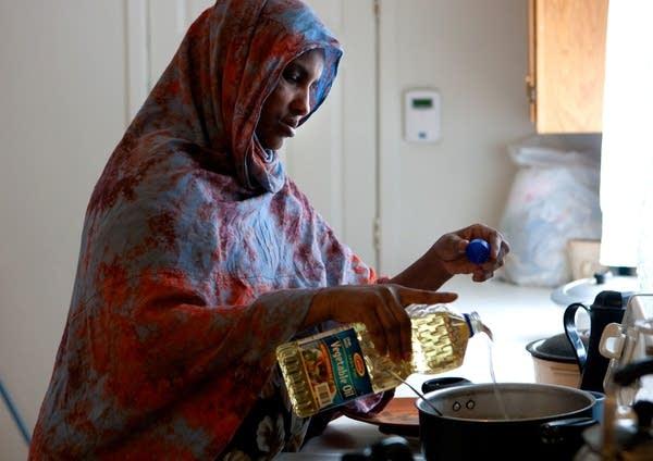 Safiya Mohamed cooks a meal