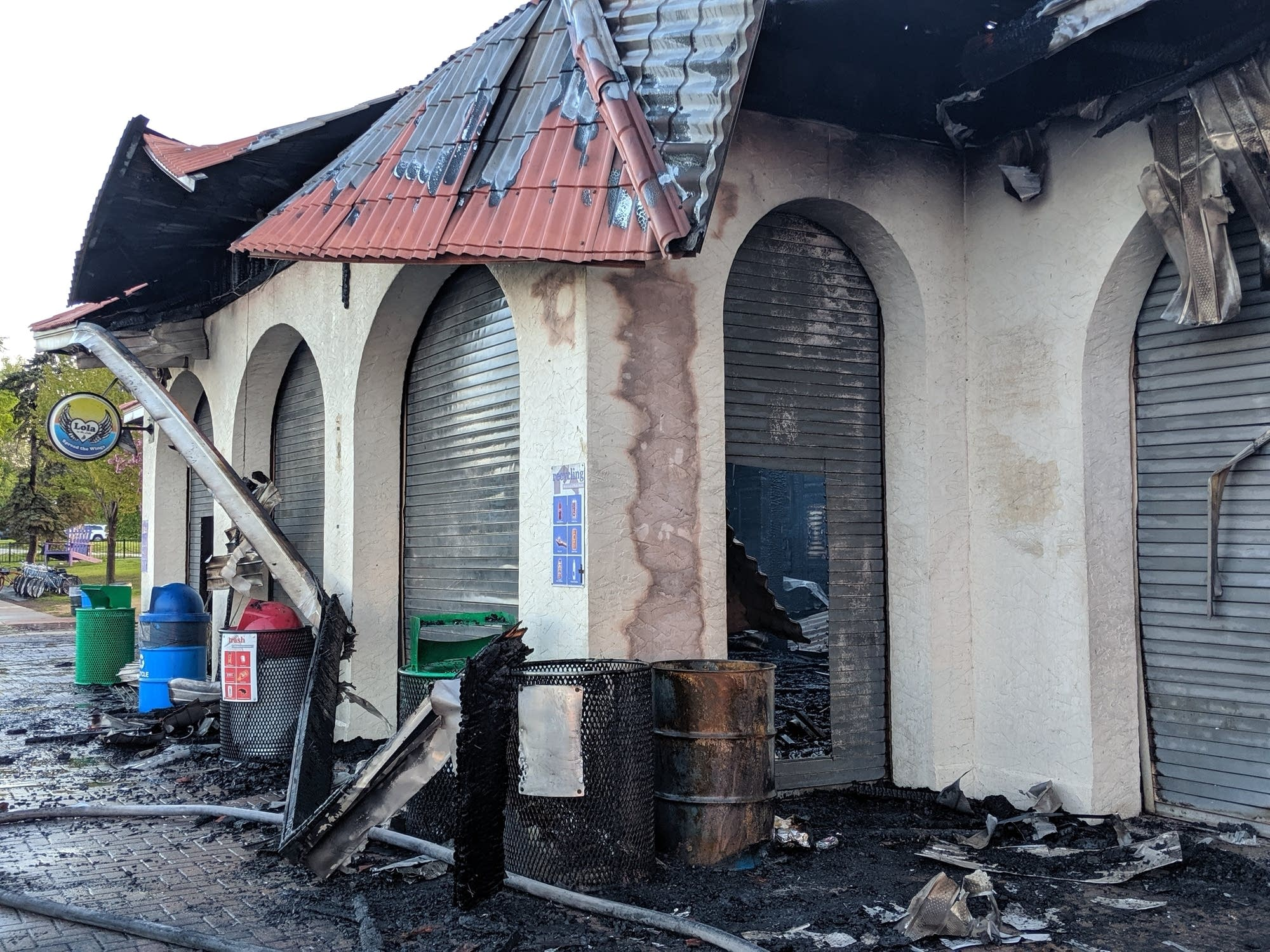 An early morning fire damaged the pavilion on Bde Maka Ska.
