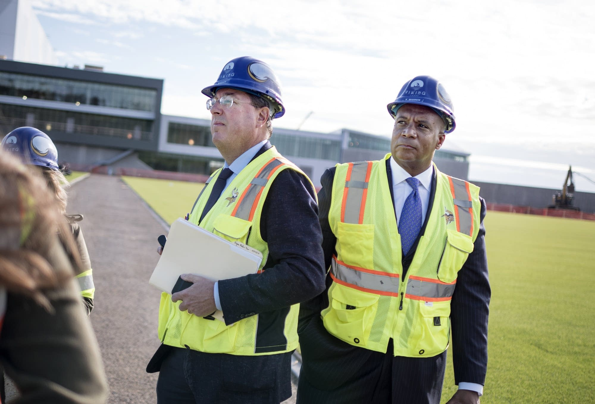 Vikings executive v.p. Lester Bagley, left, and COO Kevin Warren
