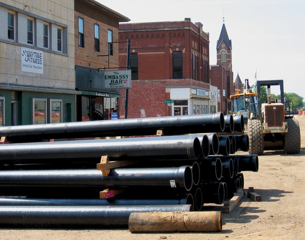 New water main pipes