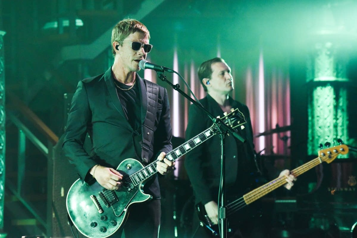 Interpol perform on 'The Late Show with Stephen Colbert'