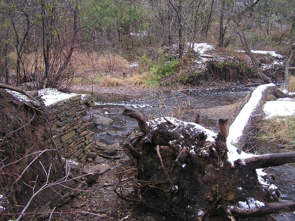 Mill wall