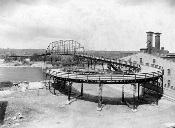 The Hastings Spiral Bridge ca. 1895