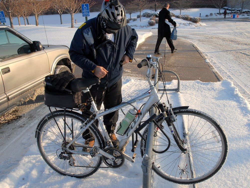 Commutes by bike, even in winter
