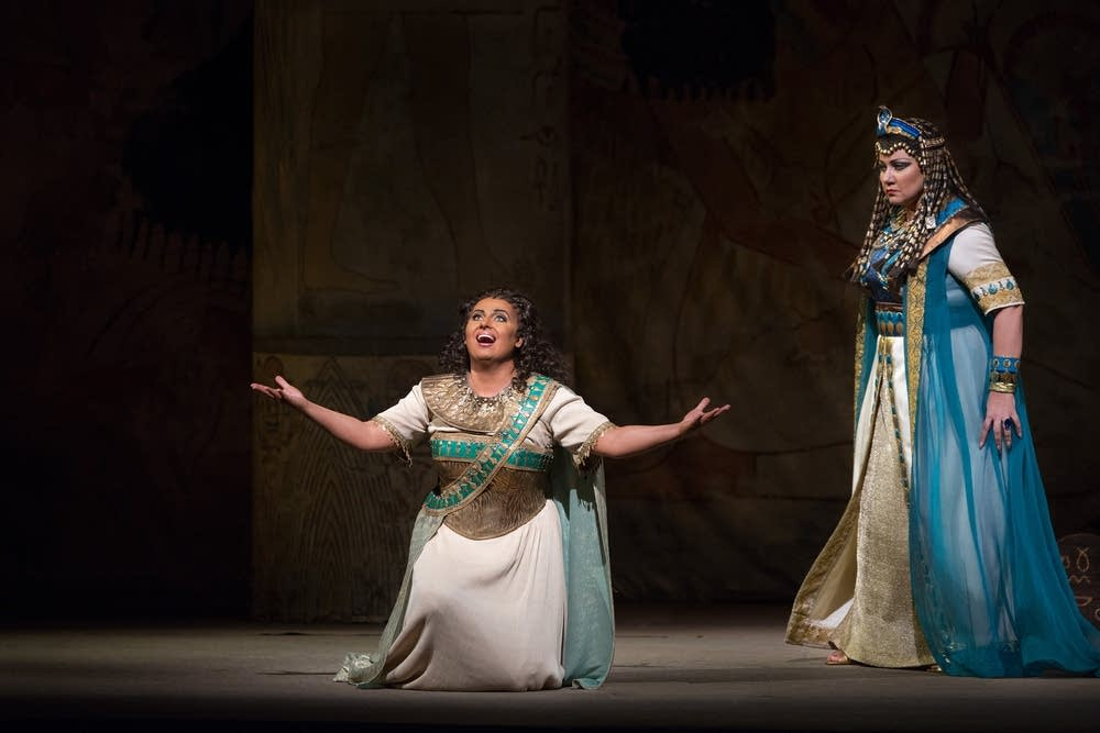 Monastyrska as Aida and Borodina as Amneris