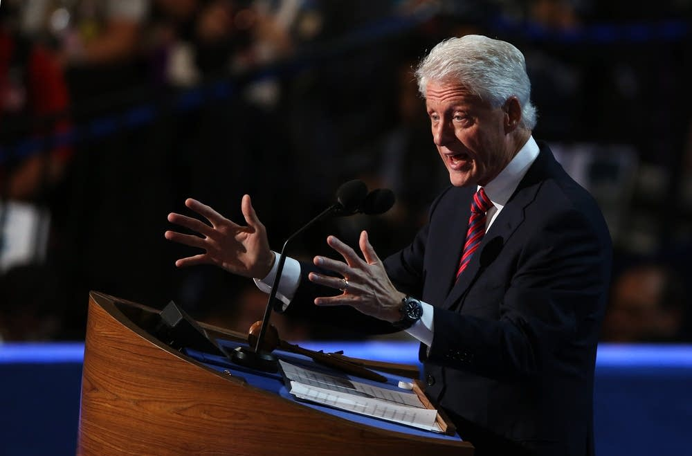 Bill Clinton addresses the delegates