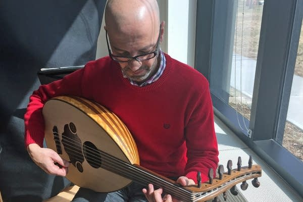 Issam Rafea plays the oud.