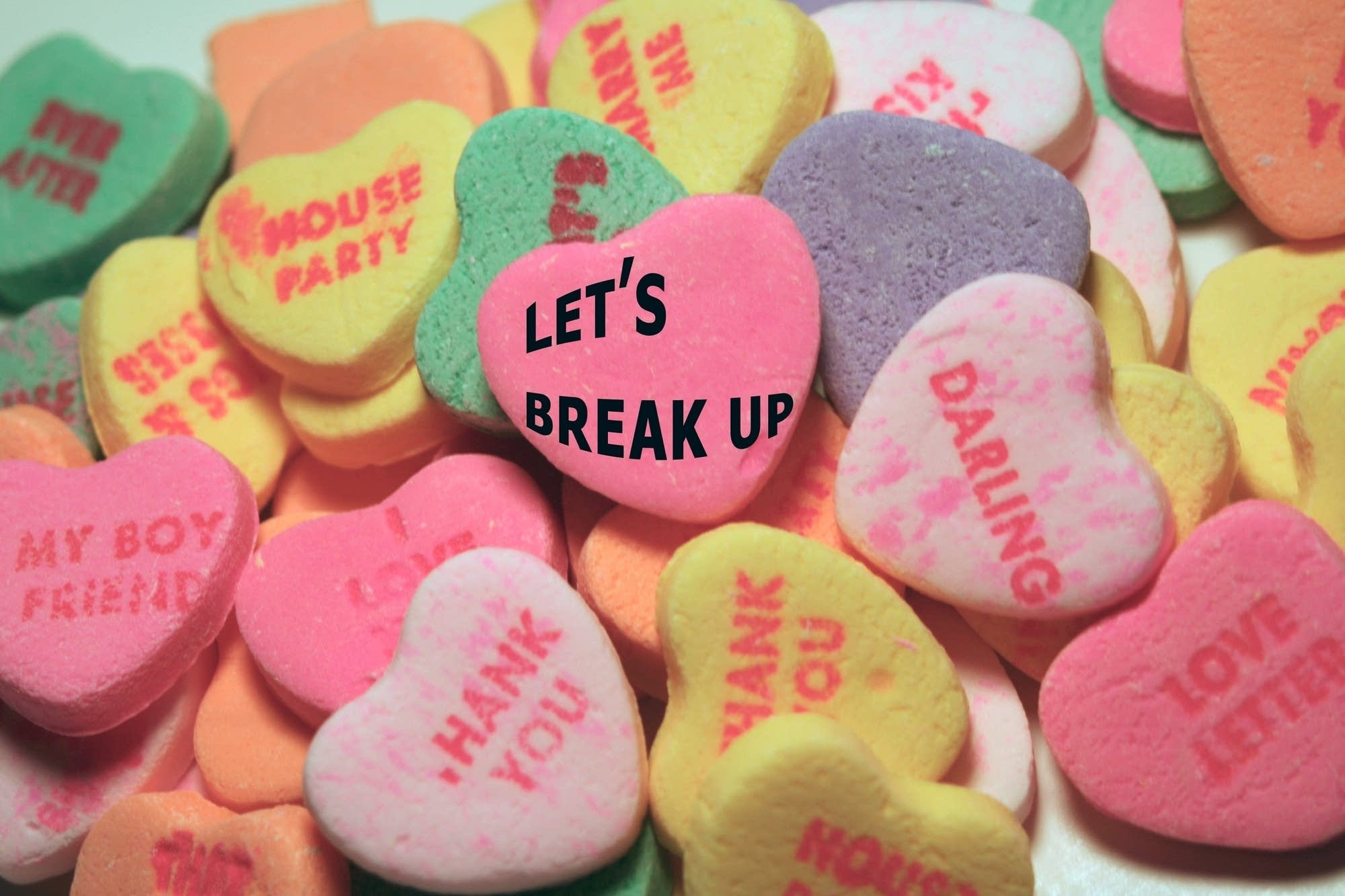 Candy Hearts Break Up