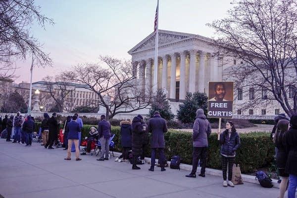 Supreme Court oral arguments, Flowers v. Mississippi.