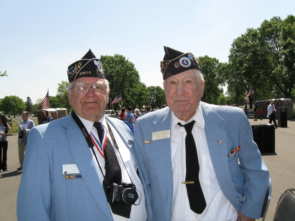 Veterans Harvey Sell and Norman Norberg