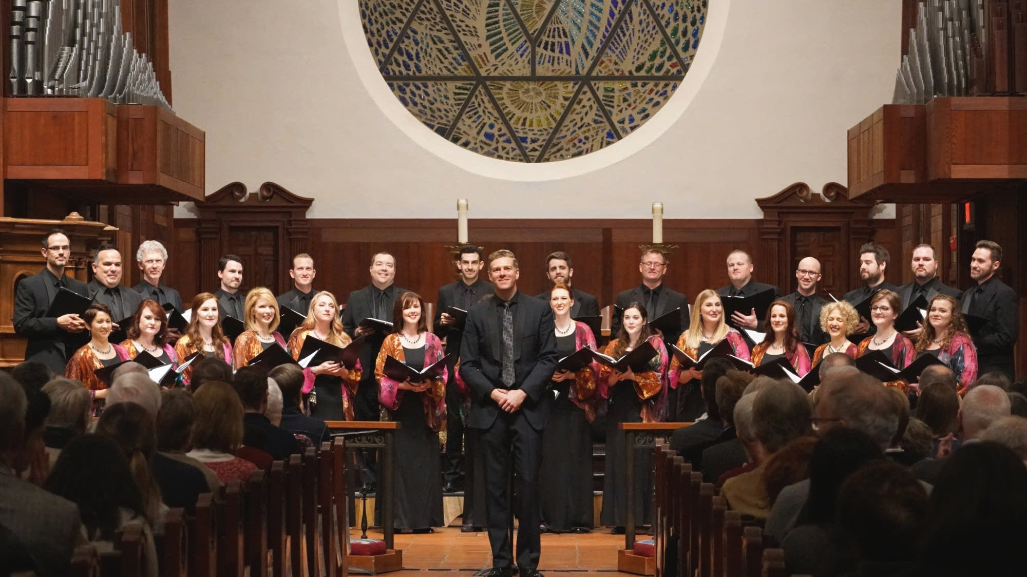 Christopher Gabbitas with Phoenix Chorale
