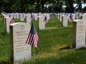 Volunteers marked every grave at Fort Snelling with flags this year.