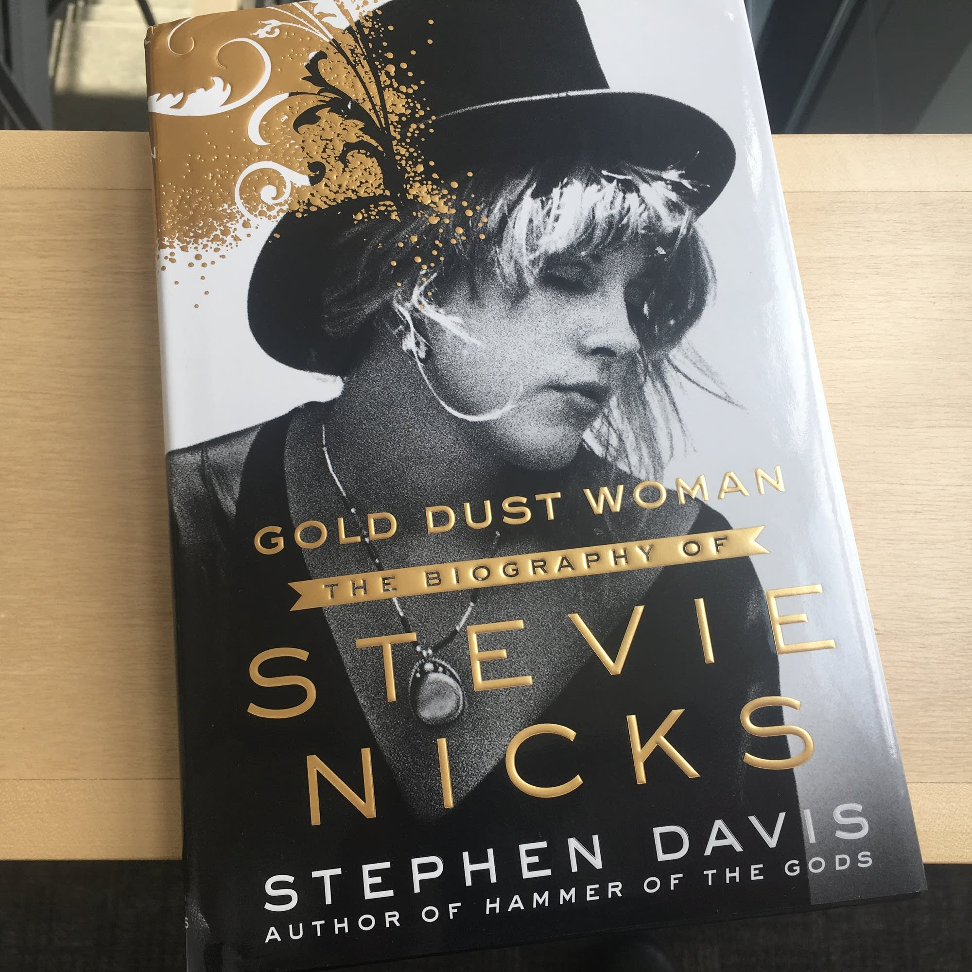 'Gold Dust Woman: The Biography of Stevie Nicks.'