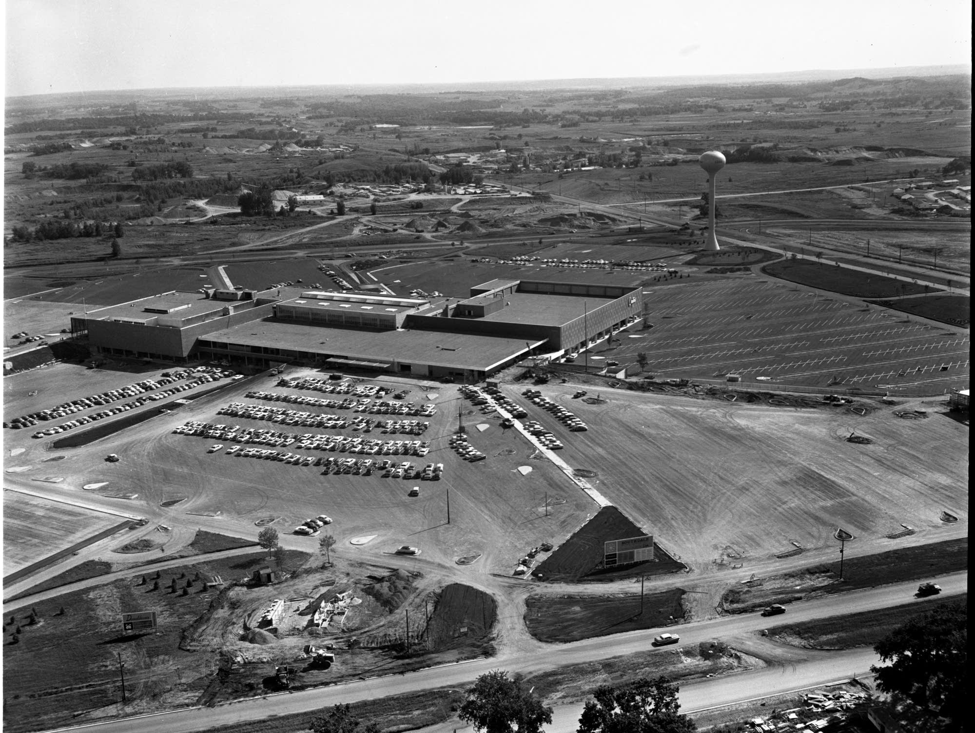 Southdale Mall in Edina taken in 1956