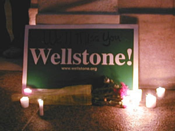 Wellstone sign
