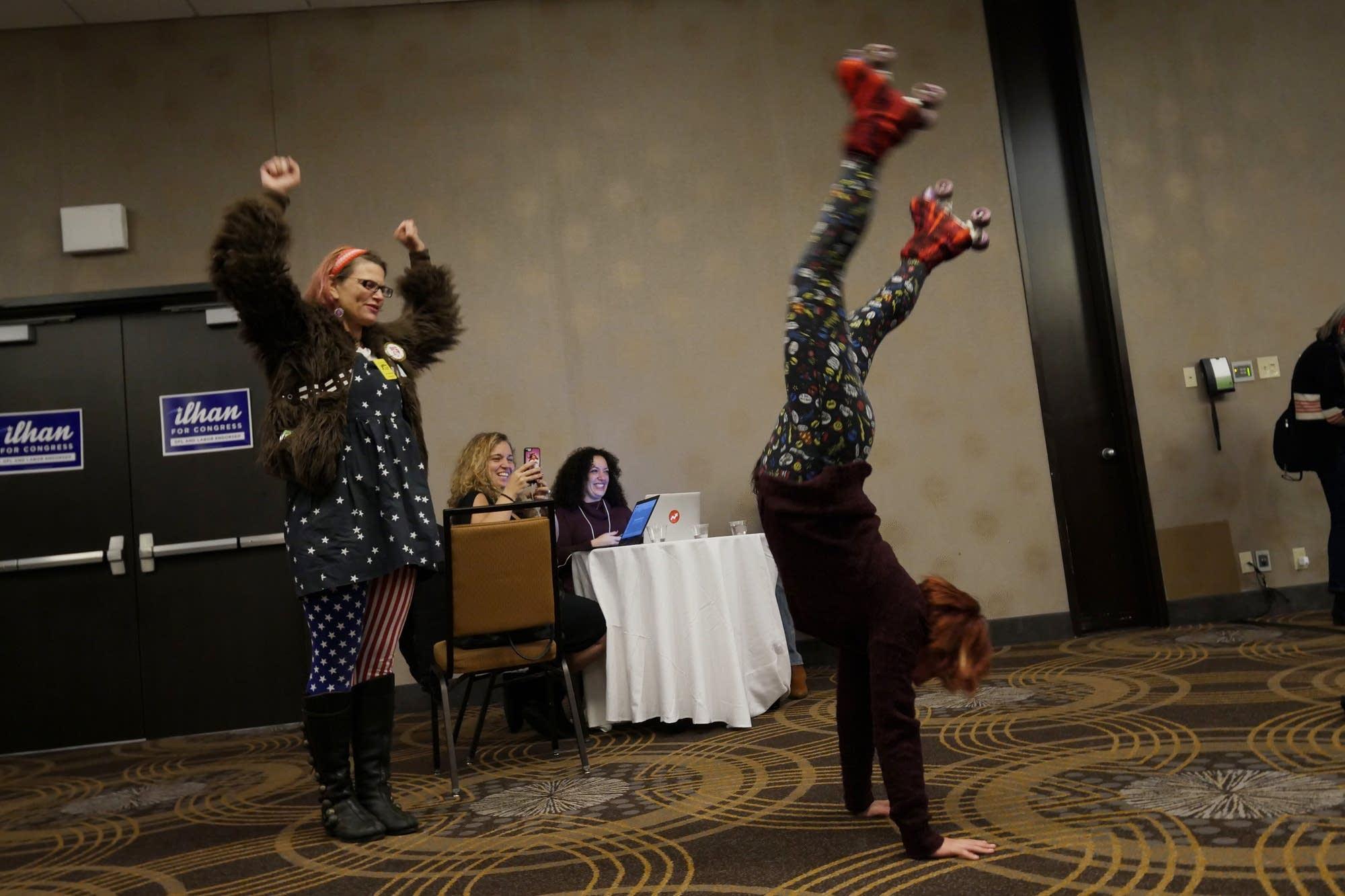 Volunteers Majentah Aquarious and Mina Leierwood entertain themselves.