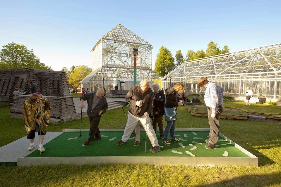 mini golf walker art center