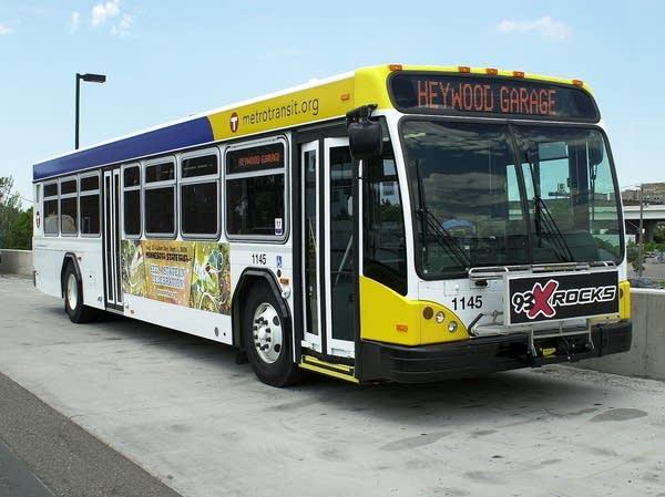 Gillig BRT bus