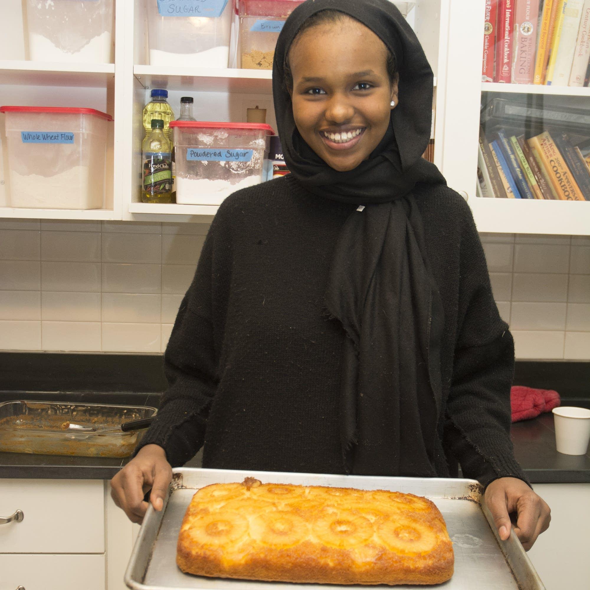 Hamdi's family made pineapple cake for Thanksgiving