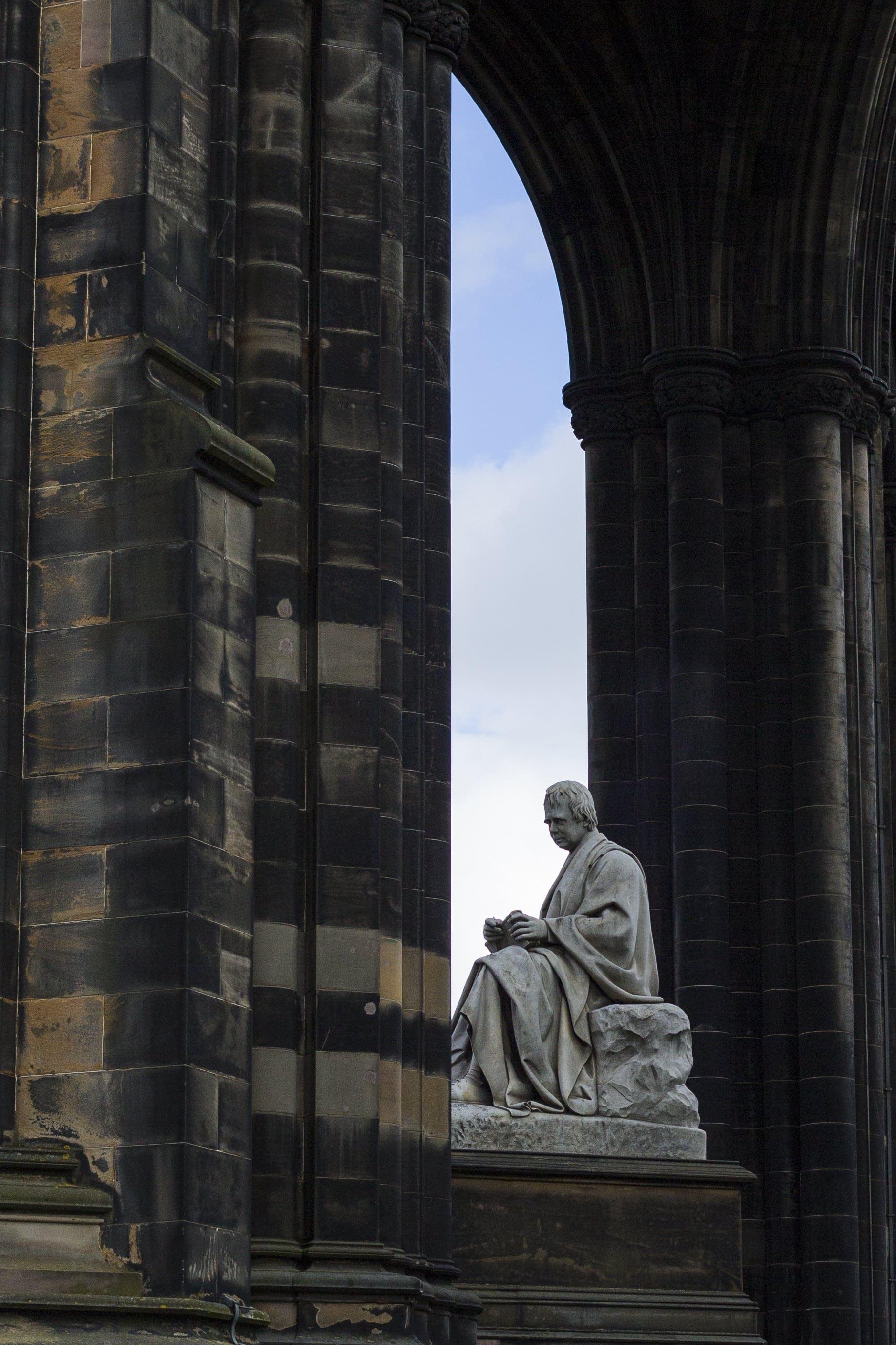 Edinburgh - 41 - Walter Scott