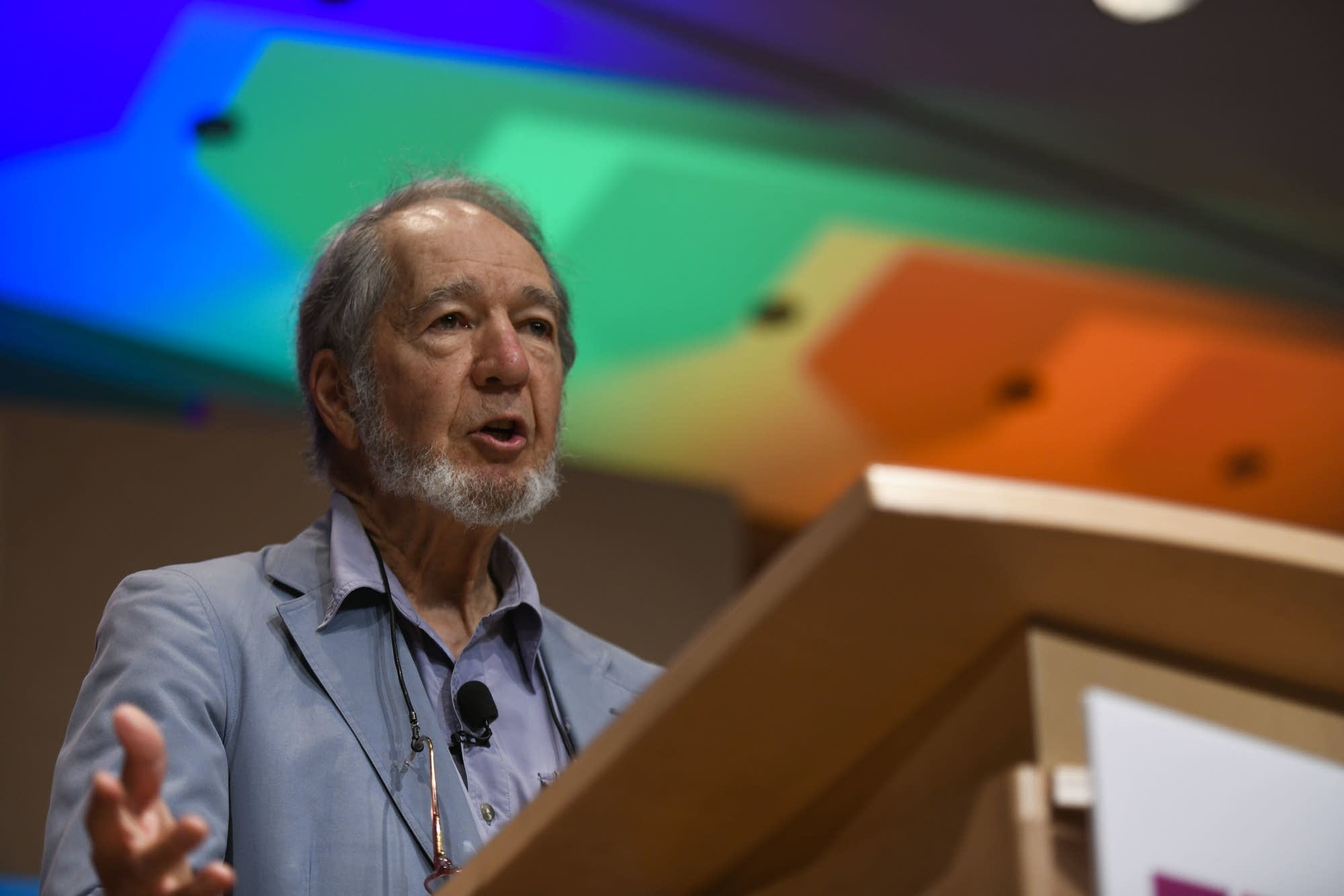 Jared Diamond talking about the national political crisis.