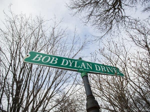 Bob Dylan Drive sign