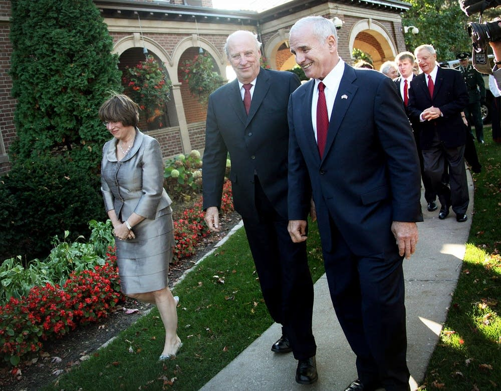 King Harald, Gov. Dayton