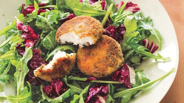 Salad with Herbed Baked Goat Cheese and Vinaigrette