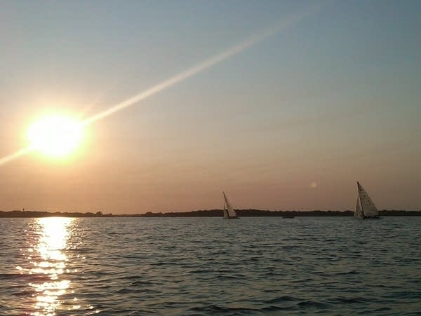 Sunset sailing on Lake Minnetonka