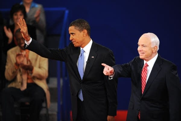 Obama and McCain greet the crowd in Nashville
