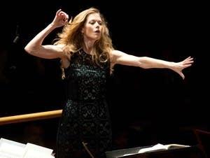 Barbara Hannigan, conductor and soprano