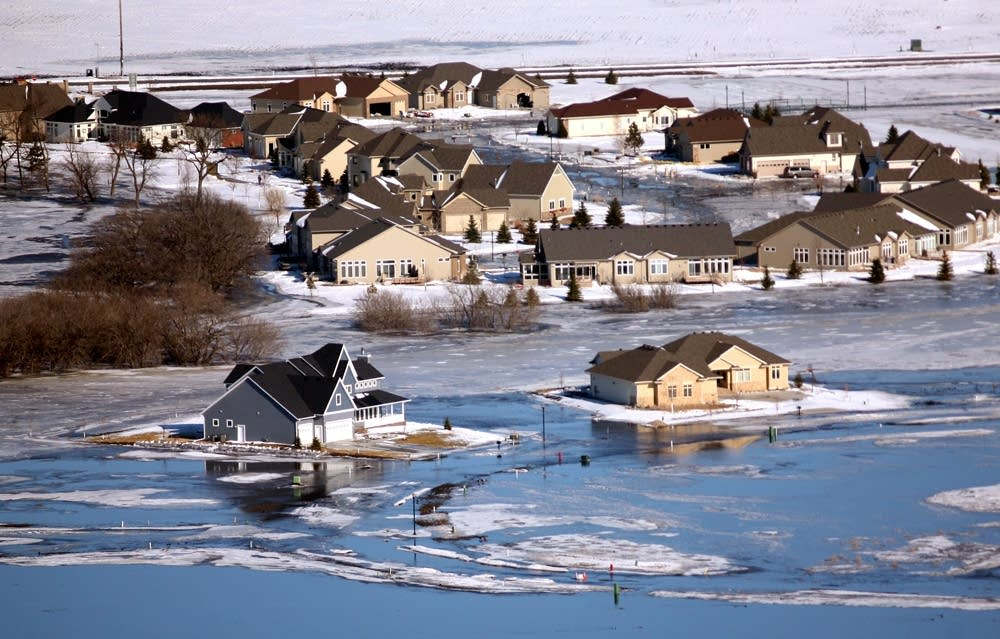 South Fargo neighborhood is overrun by floodwaters