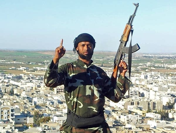 Abdifatah Ahmed posted a photo in what is believed to be Syria.