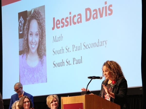 Jessica Davis receives the 2019 Minnesota Teacher of the Year award