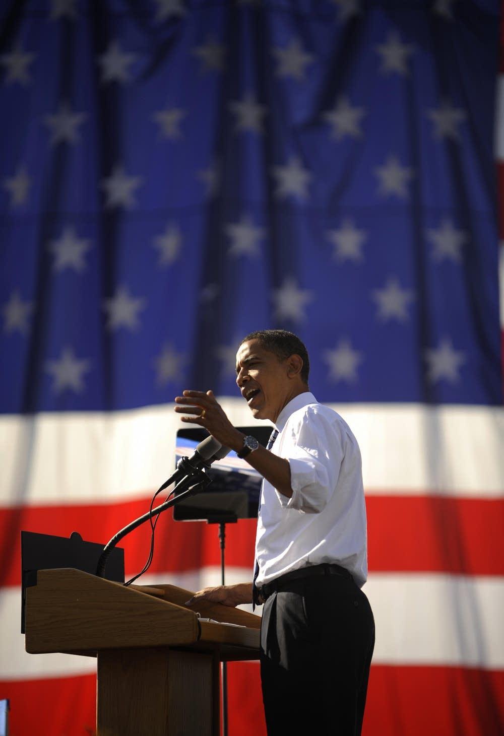 Barack Obama speaks in Iowa