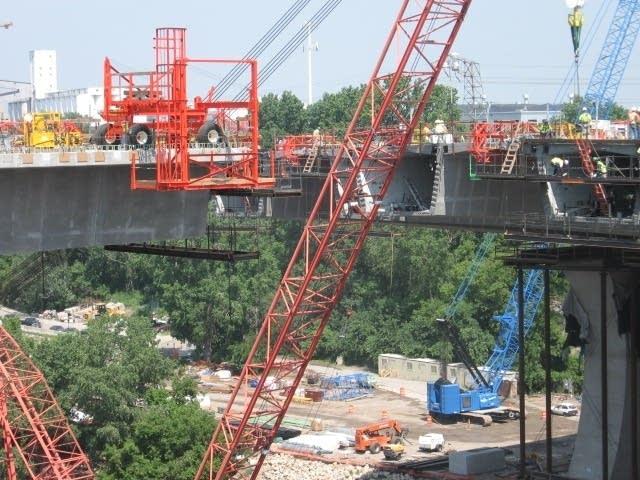 35W bridge construction