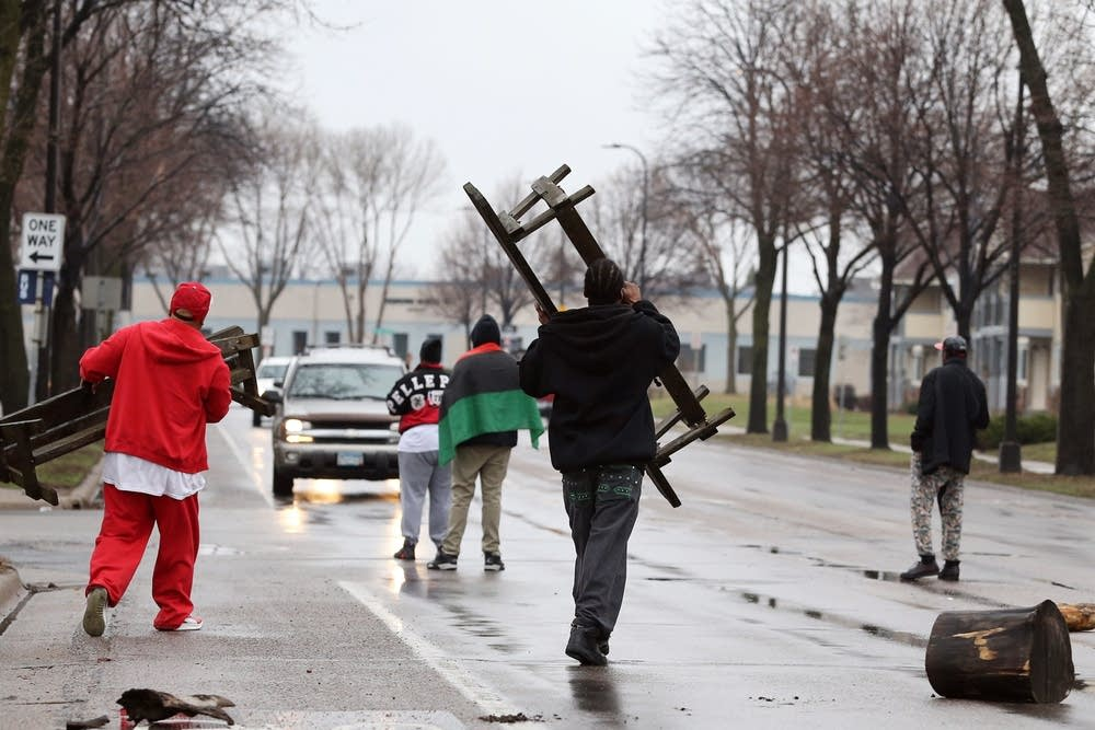 Efforts to block a street in north Minneapolis