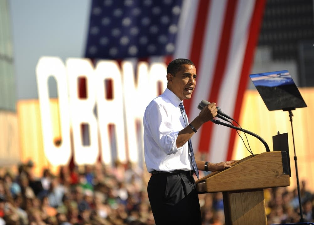 Barack Obama speaks at a rally in Iowa