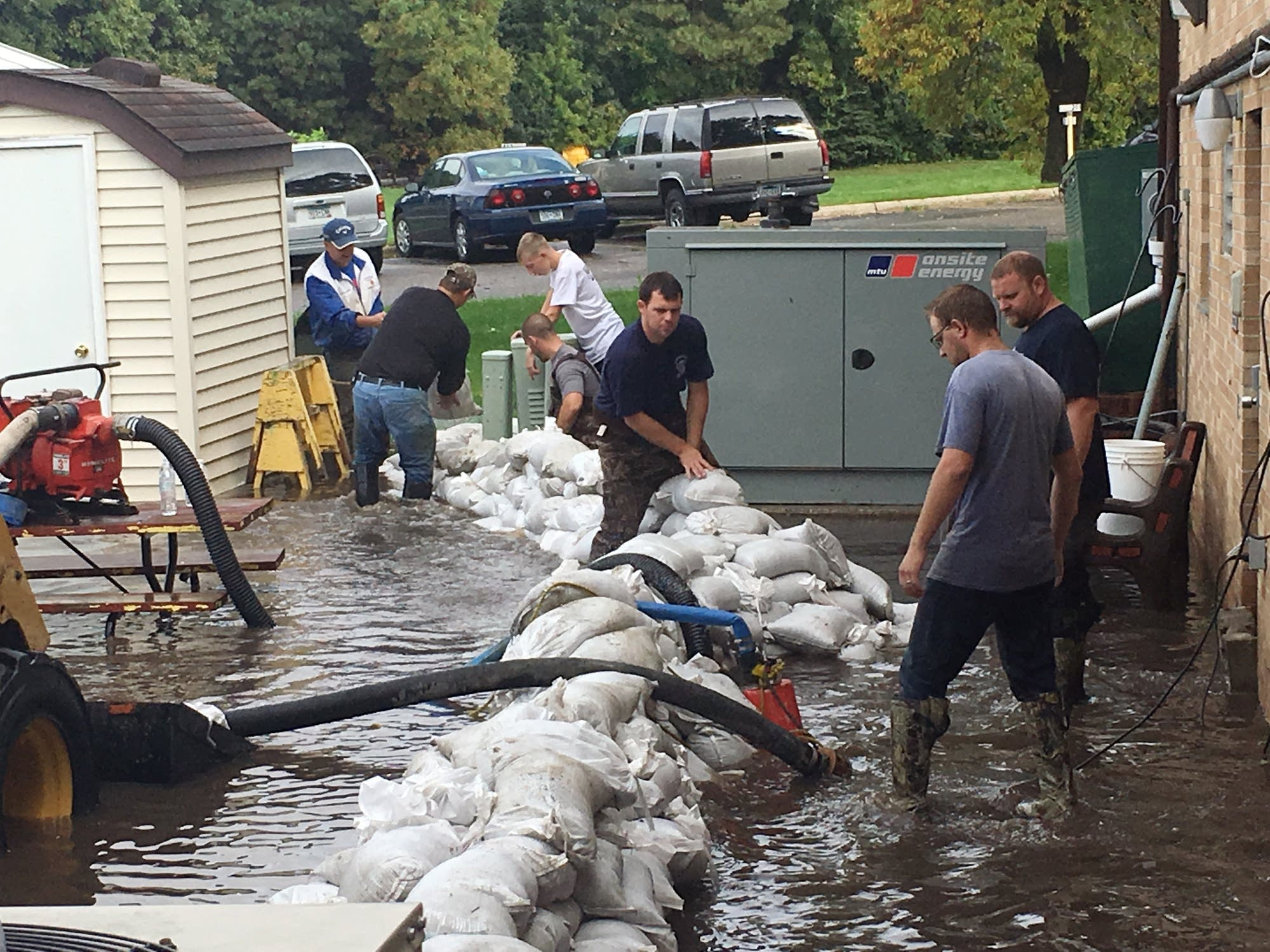 Sandbaggers at a nursing home in Janesville.