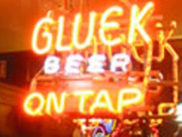 Gluek's