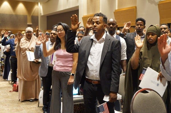 Nearly 2,000 people become U.S. citizens in St. Paul