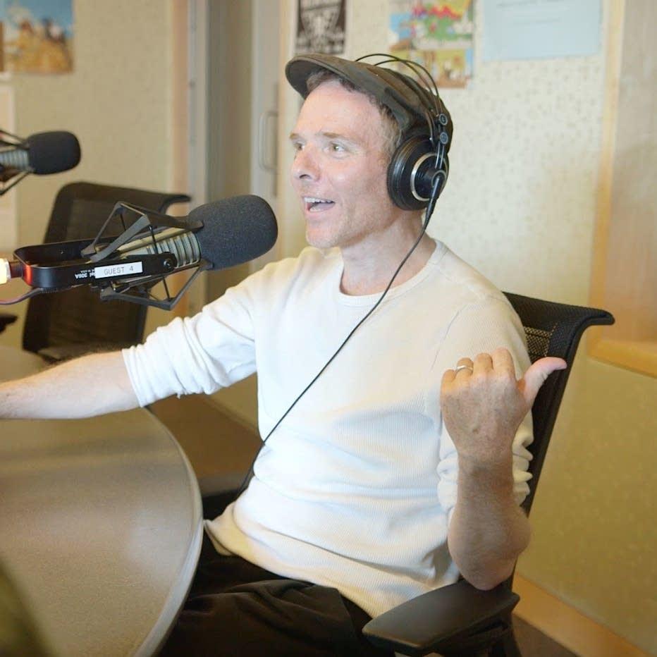 Stuart Murdoch explains how Richard Colburn got left behind in N.D.