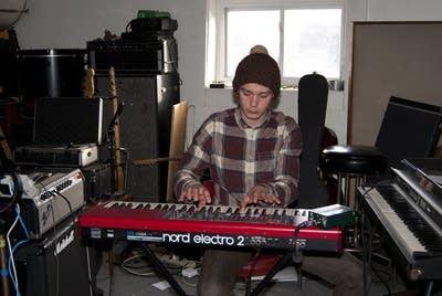 7fb111 20130222 beck hansens song reader recording session 10