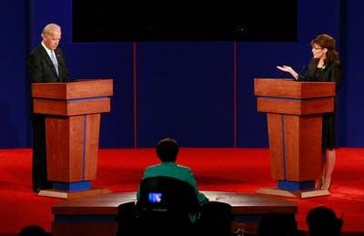 9acb55 20081002 debate1
