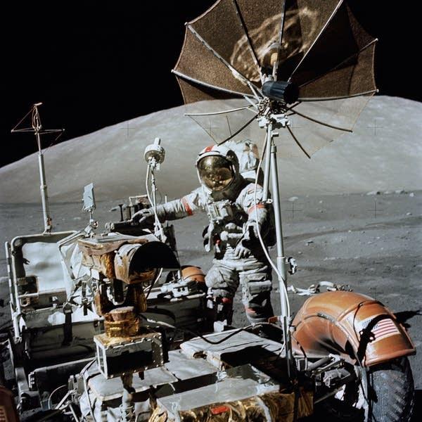 Astronaut Eugene A. Cernan, Apollo 17 commander