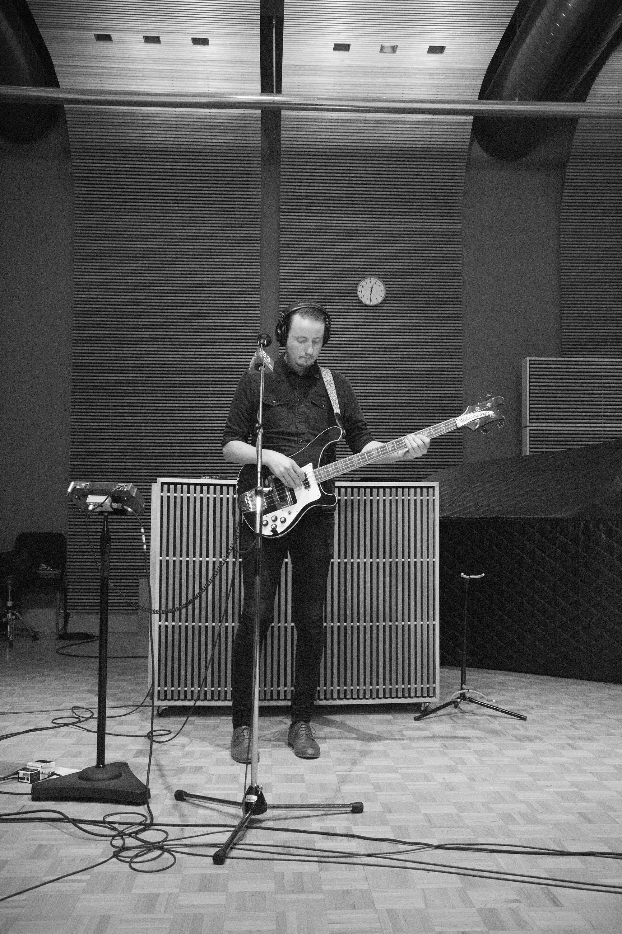 Aaron McClellan on bass with Alejandro Escovedo