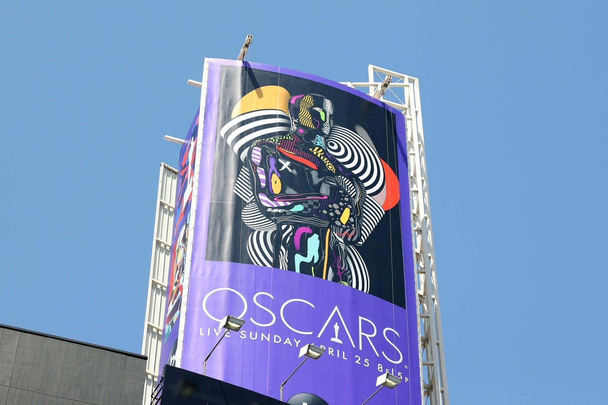 Oscars statuette image